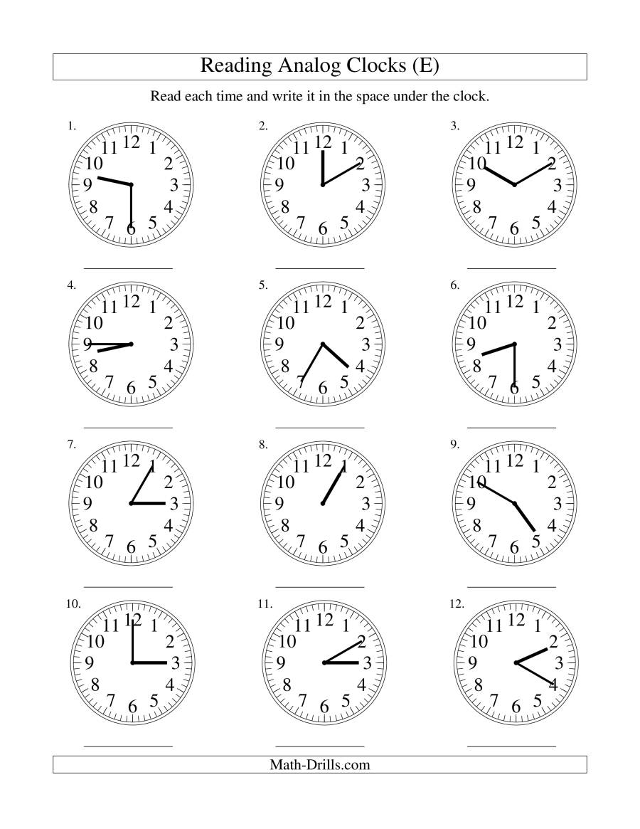 The Reading Time on an Analog Clock in 5 Minute Intervals (E) Math Worksheet